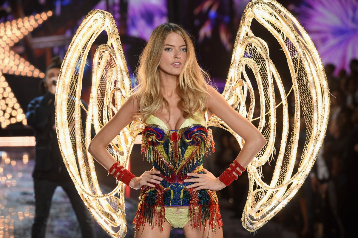 All the outfits from the fashion show Victoria's Secret Fashion Show 2015_80