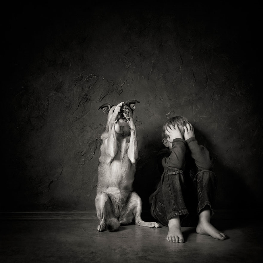 Amazing shots of children and animals from different parts of the world 03