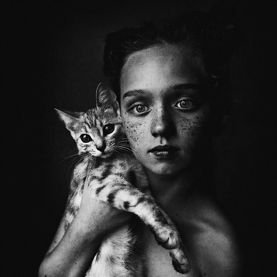 Amazing shots of children and animals from different parts of the world 06