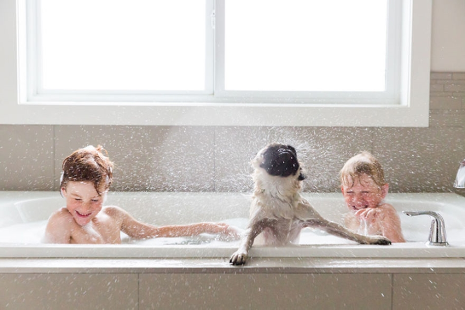 Amazing shots of children and animals from different parts of the world 08