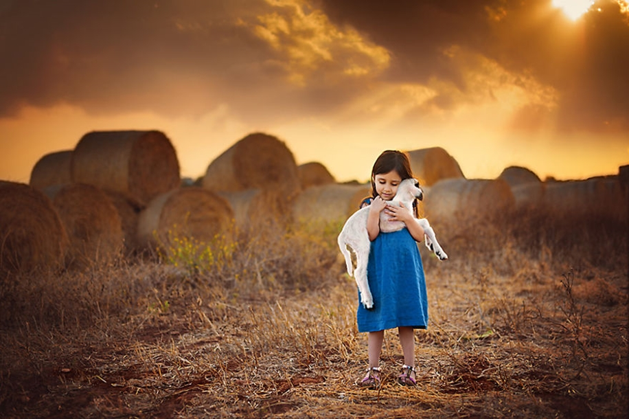 Amazing shots of children and animals from different parts of the world 10