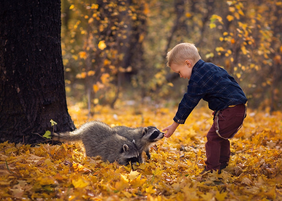 Amazing shots of children and animals from different parts of the world 12