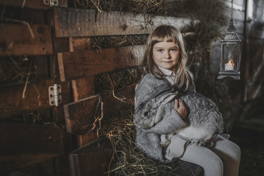 Amazing shots of children and animals from different parts of the world 14