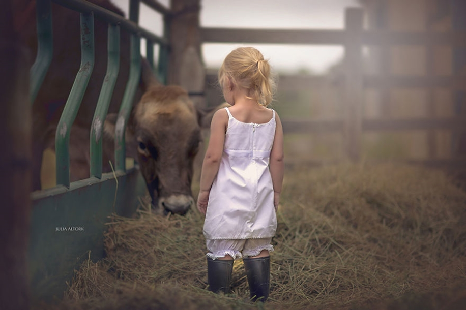 Amazing shots of children and animals from different parts of the world 30