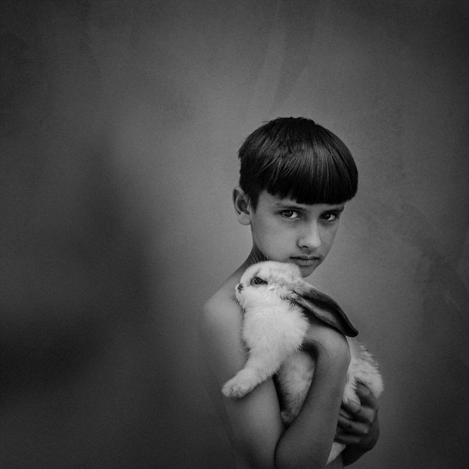 Amazing shots of children and animals from different parts of the world 33