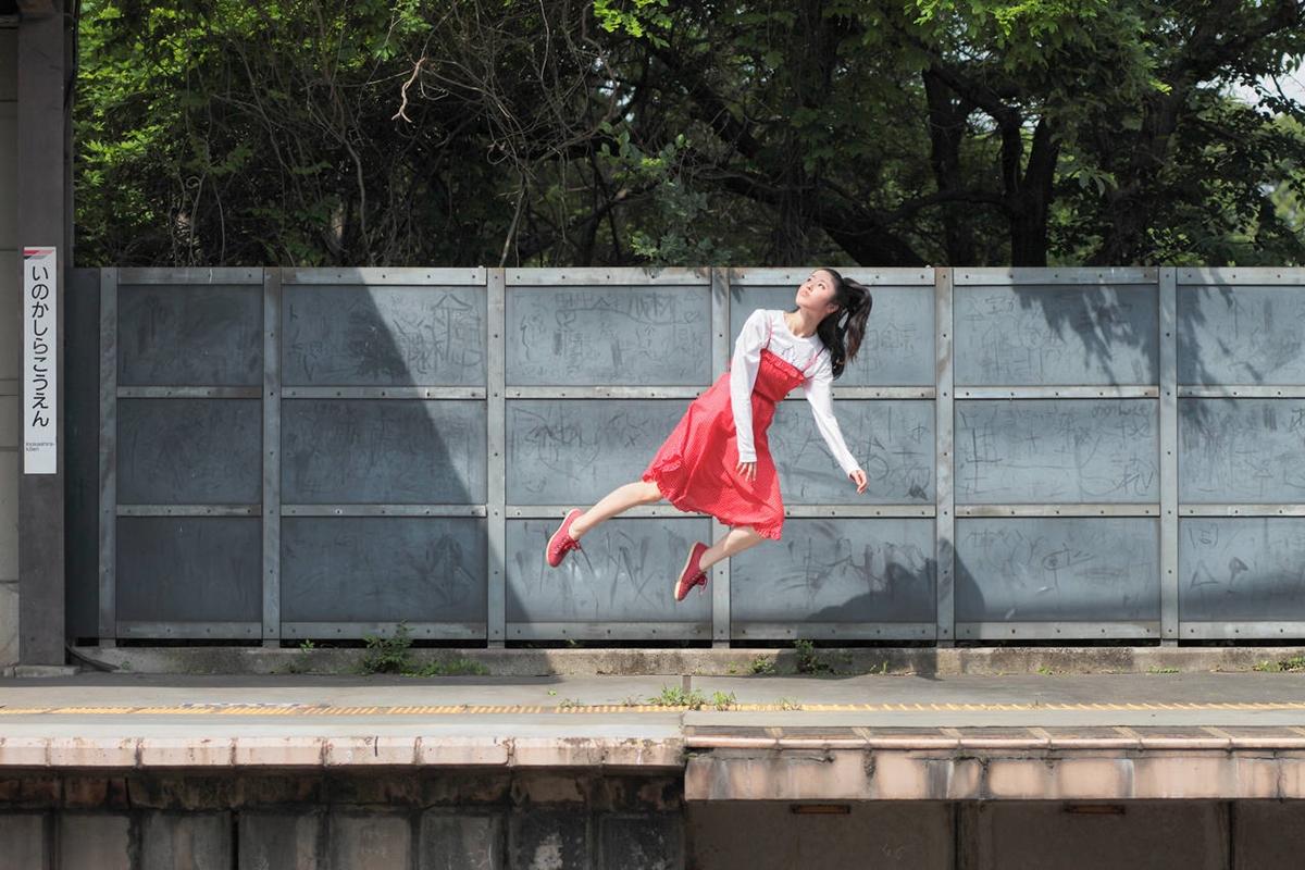 Levitating Girl' Natsumi Hayashi 02