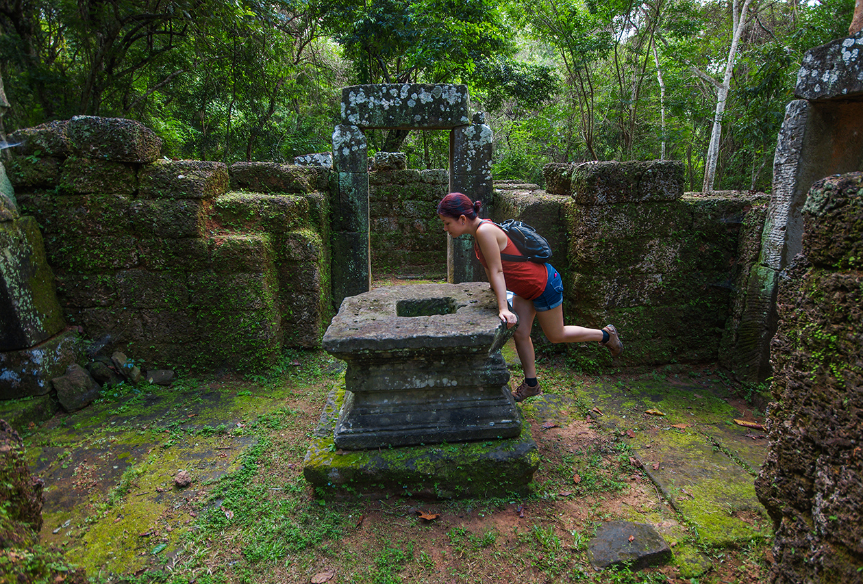 Little-known buildings of Angkor 12