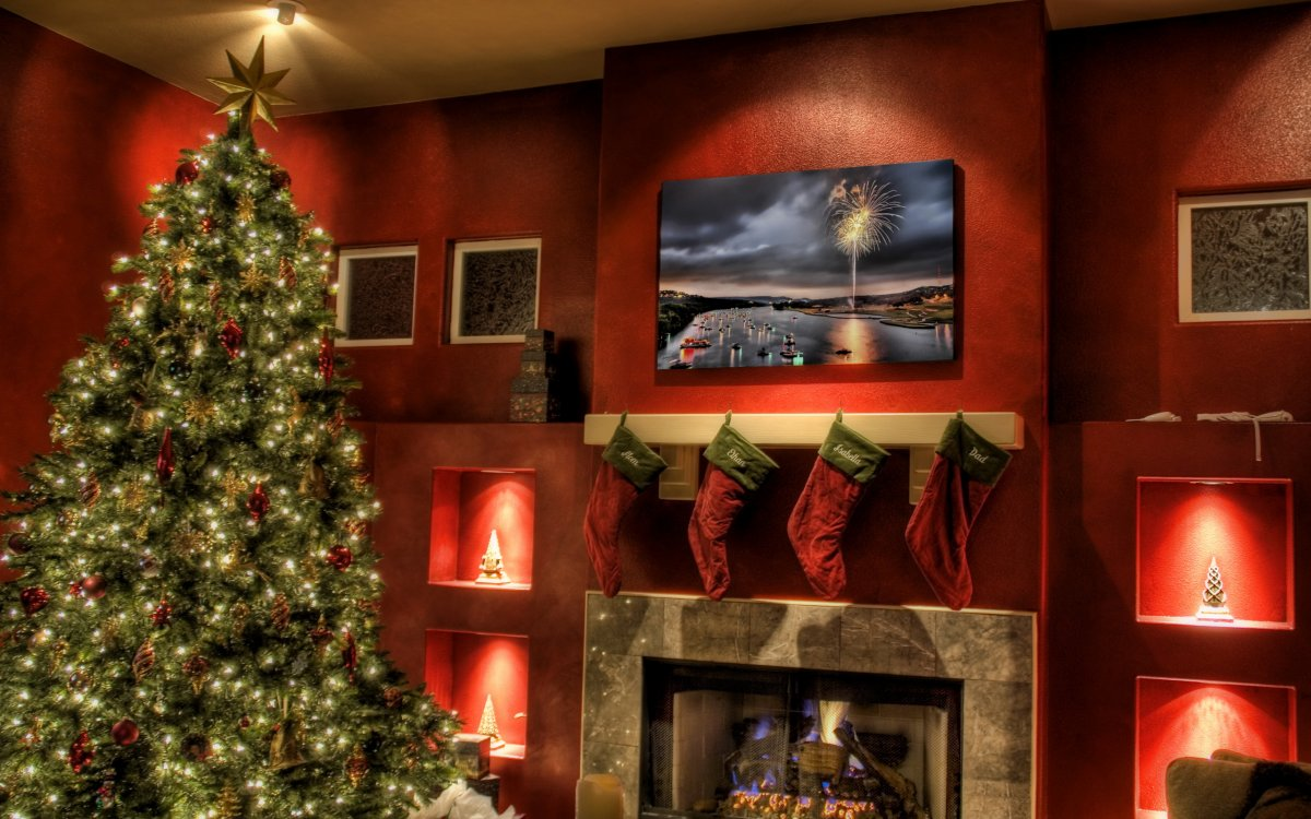 New year images with Christmas trees and fireplaces 10