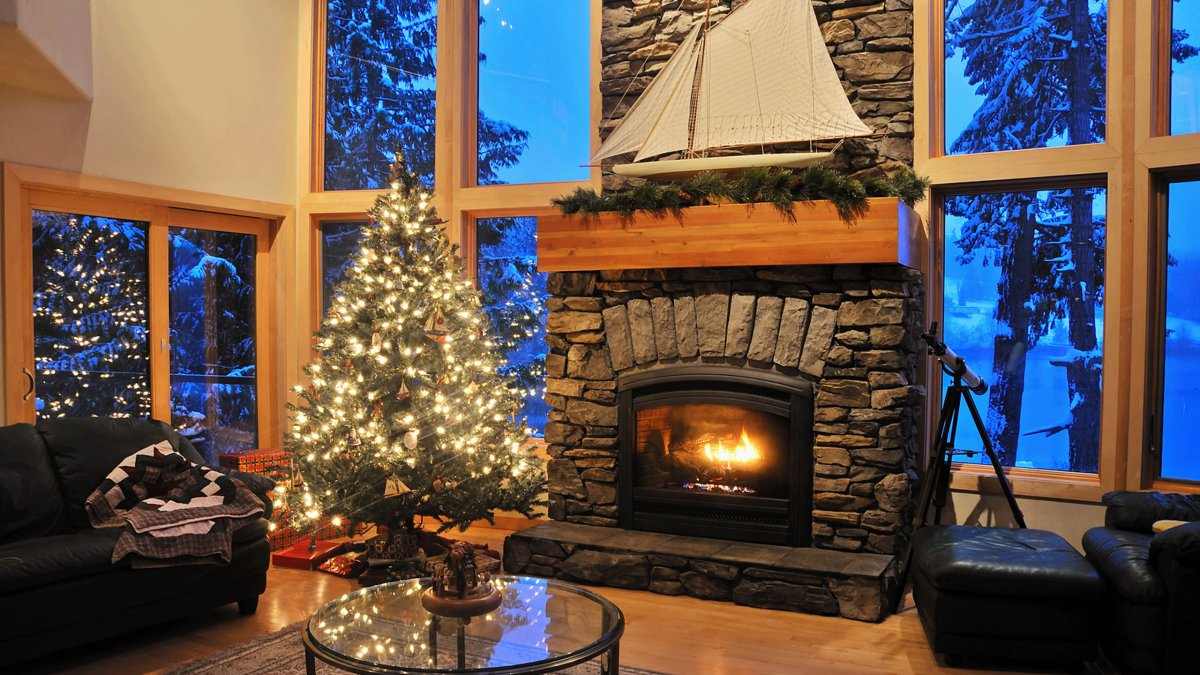 New year images with Christmas trees and fireplaces 11