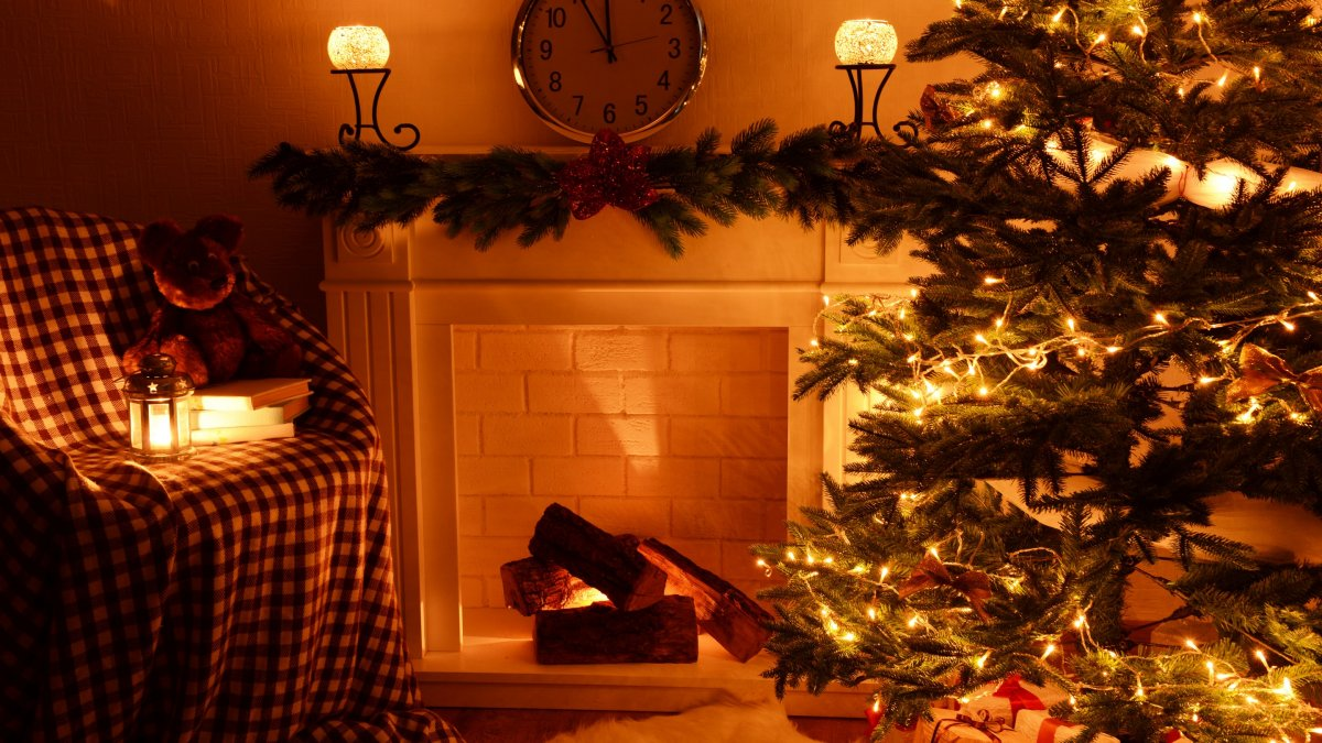 New year images with Christmas trees and fireplaces 25