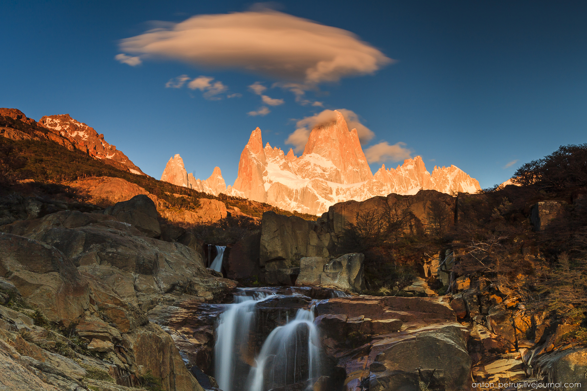 Patagonia. At the foot of Fitz Roy 02