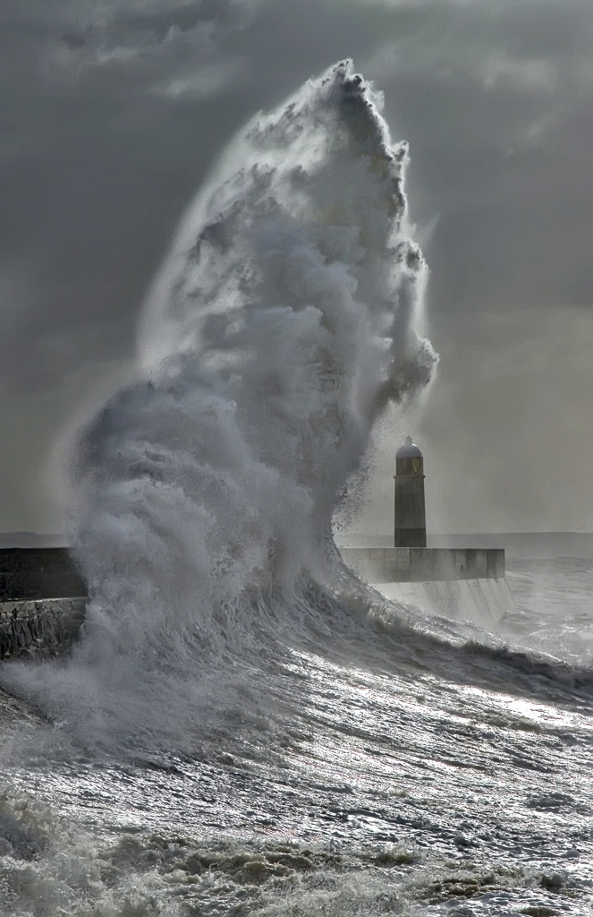 Photos of storms at Porthcawl 03