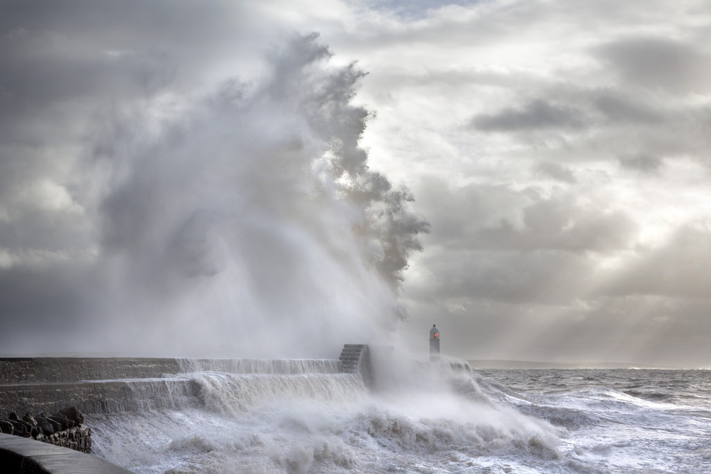 Photos of storms at Porthcawl 07