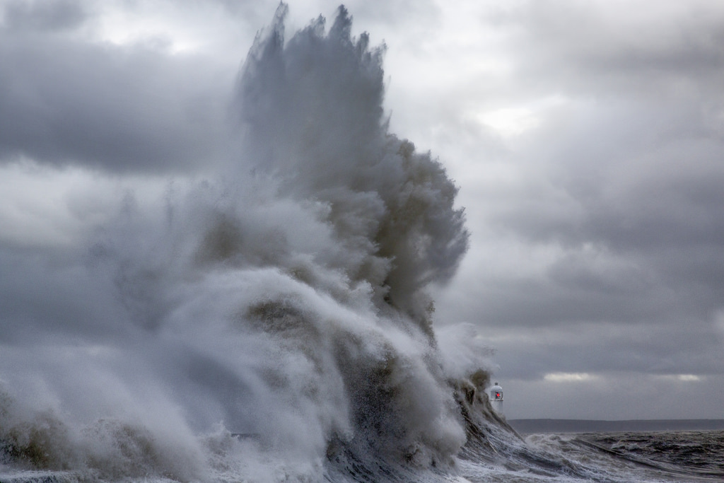 Photos of storms at Porthcawl 13