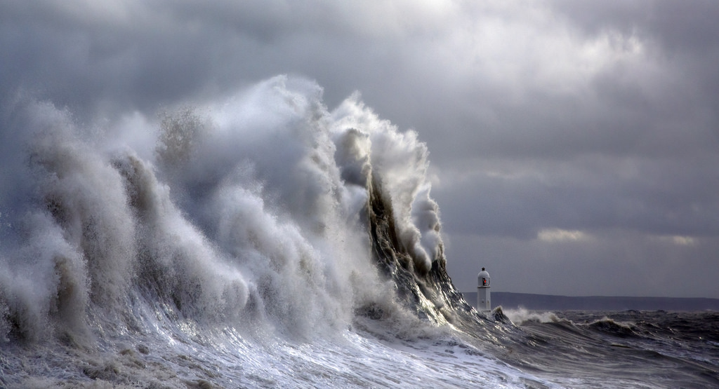 Photos of storms at Porthcawl 14