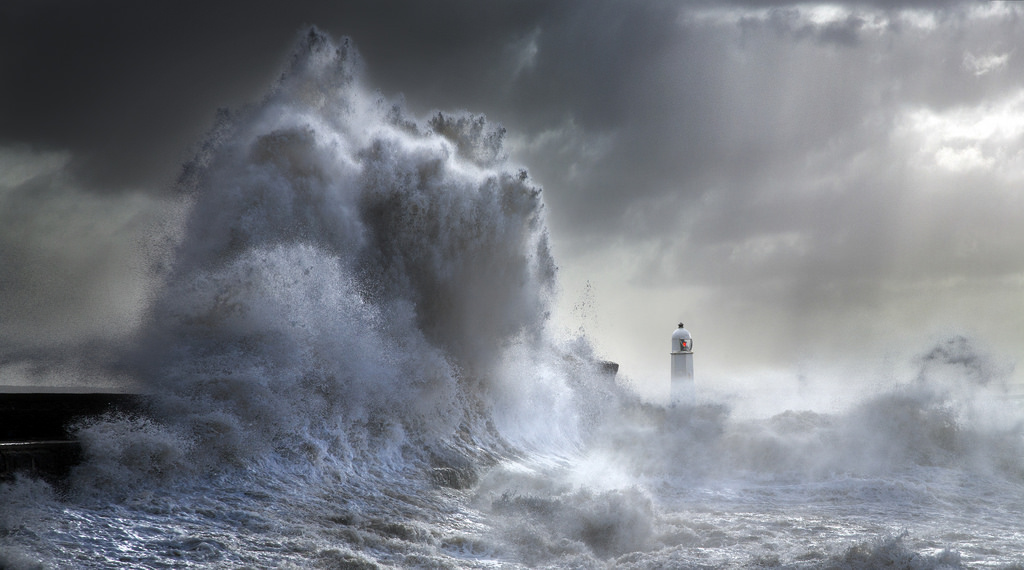 Photos of storms at Porthcawl 18