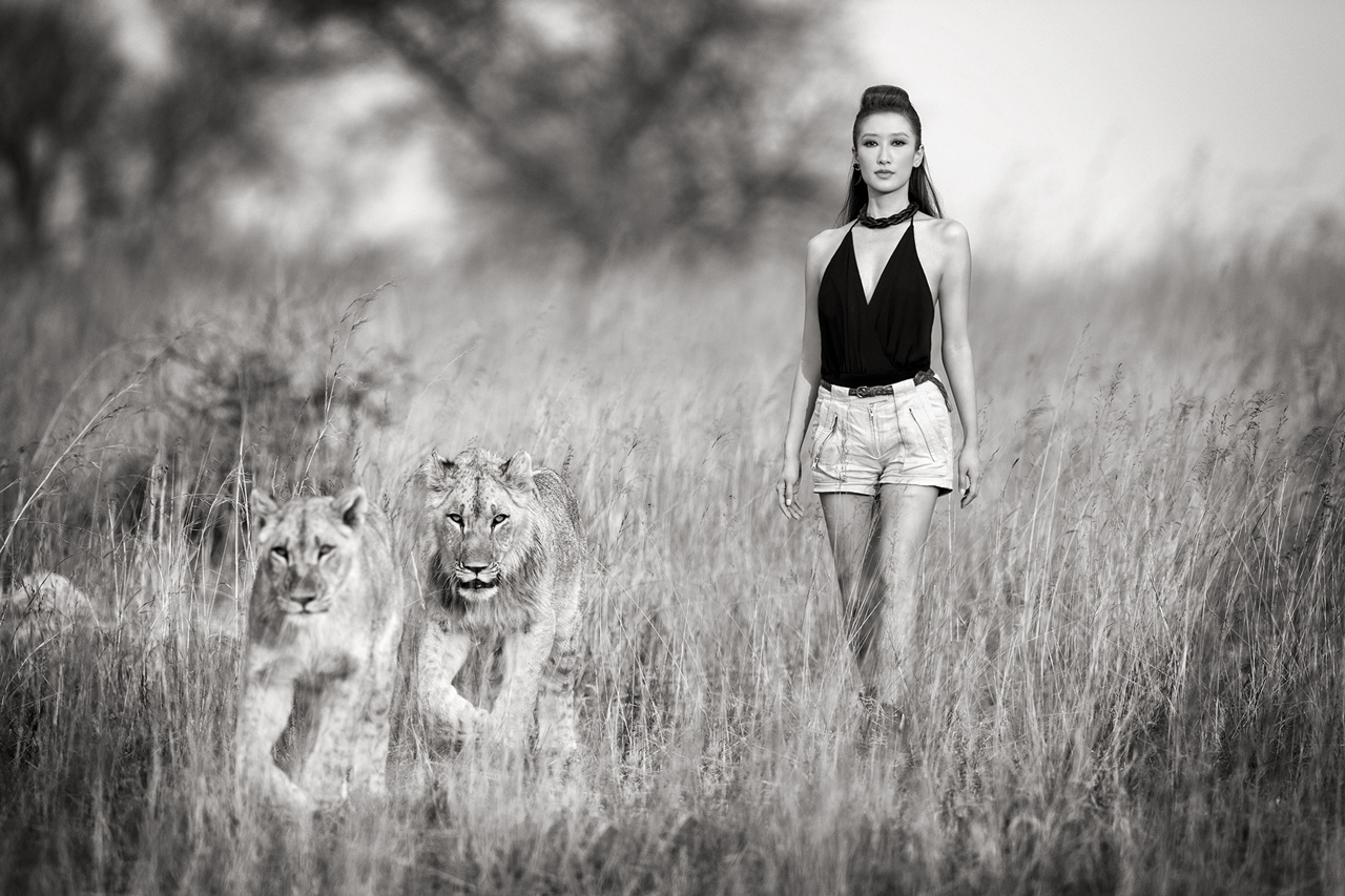 Photoshoot with endangered animals 09