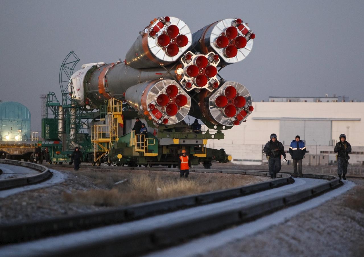 Start of spacecraft Soyuz TMA-19M 03