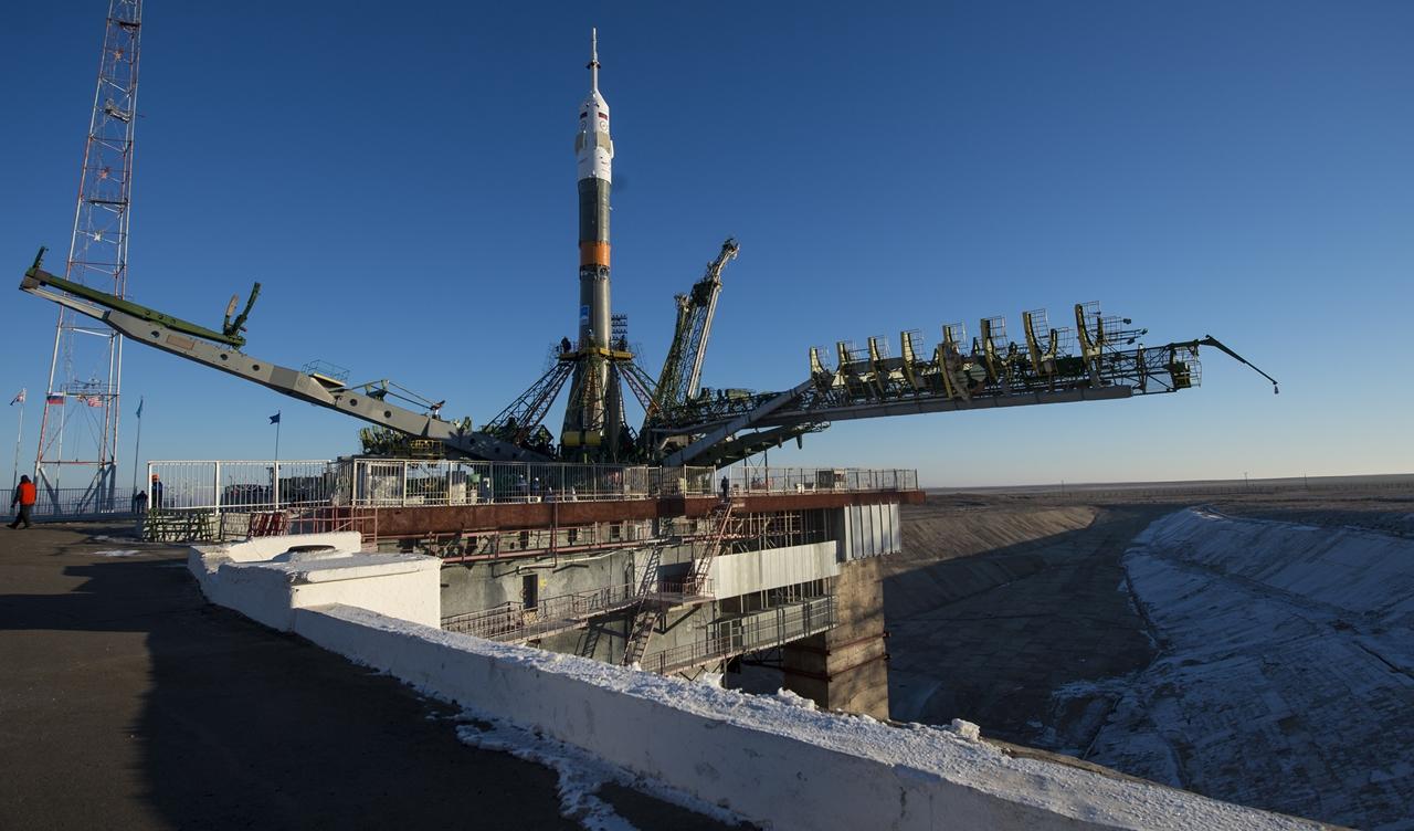 Start of spacecraft Soyuz TMA-19M 08