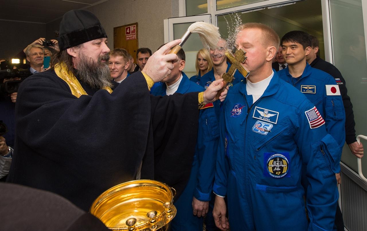 Start of spacecraft Soyuz TMA-19M 16