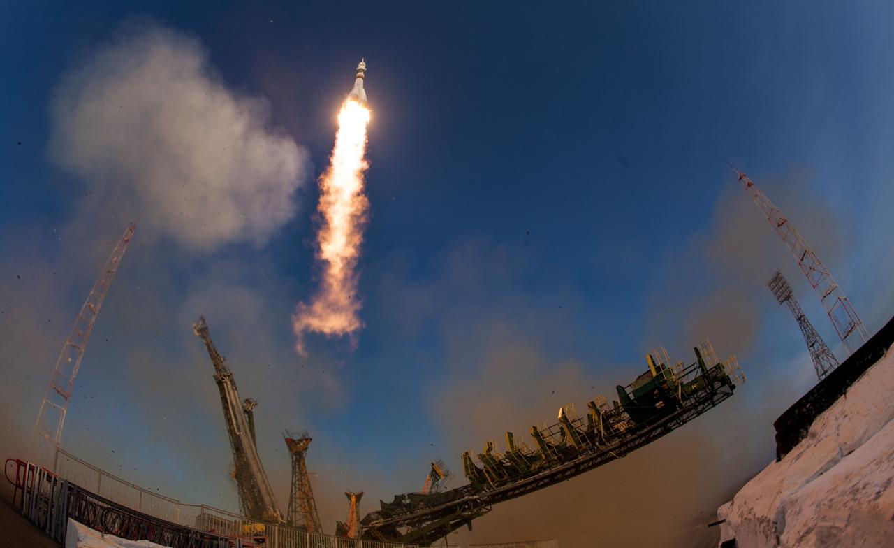 Start of spacecraft Soyuz TMA-19M 19