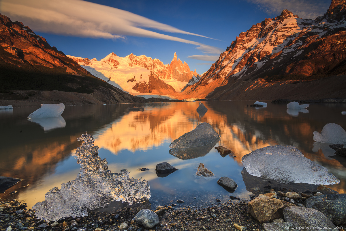 The Cerro Torre. Top-needle 01