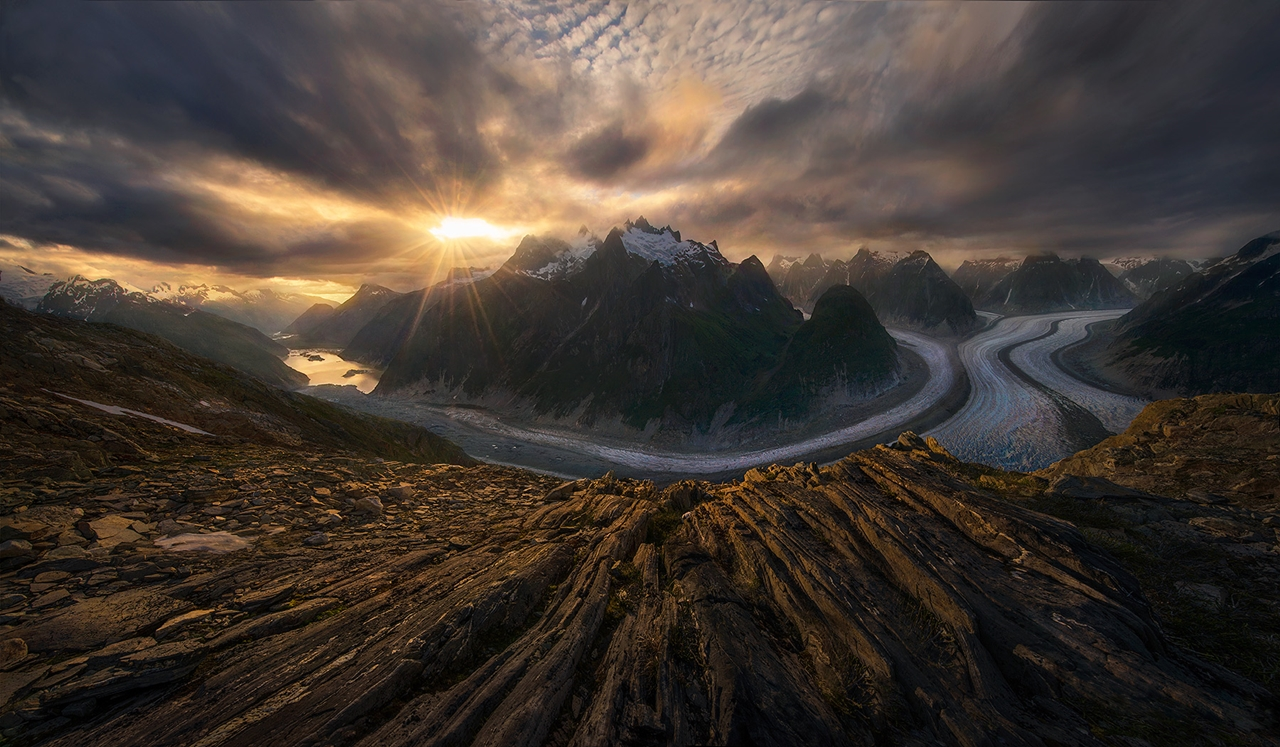The enchanting scenery of nature in the photographs of Marc Adamus 21