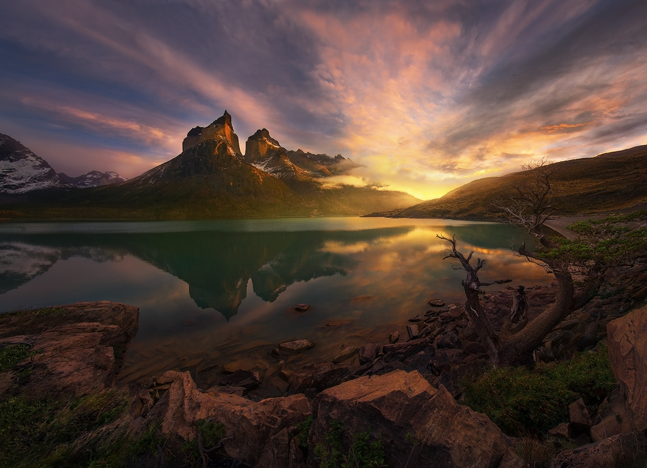 The enchanting scenery of nature in the photographs of Marc Adamus 25