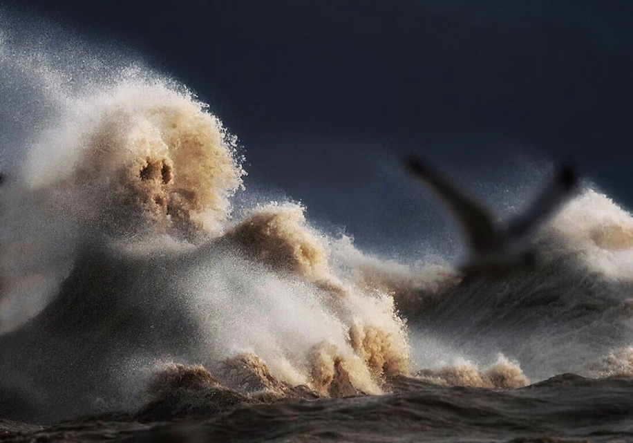 The fury of the waves in the photo Dave Sandford 05