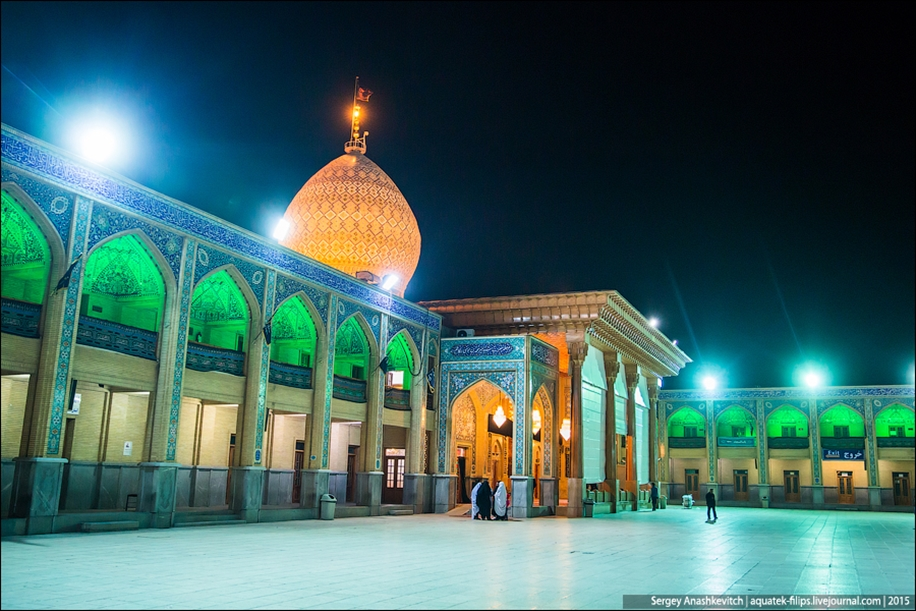 The mausoleum of Shah cheragh in Shiraz Iran 05