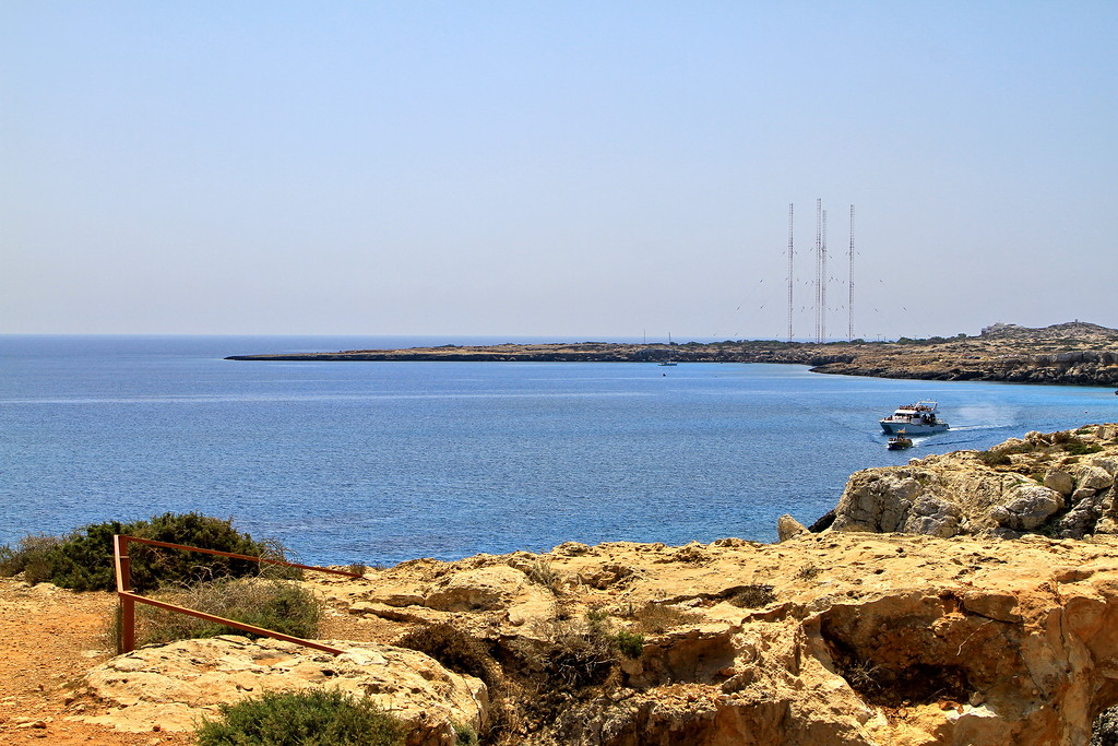 The sinners bridge at Cape Greco 08