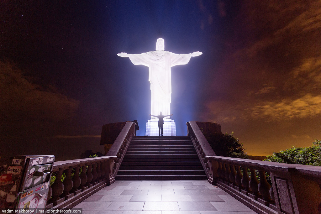 The top of the statue of Christ the Redeemer in Rio de Janeiro 05