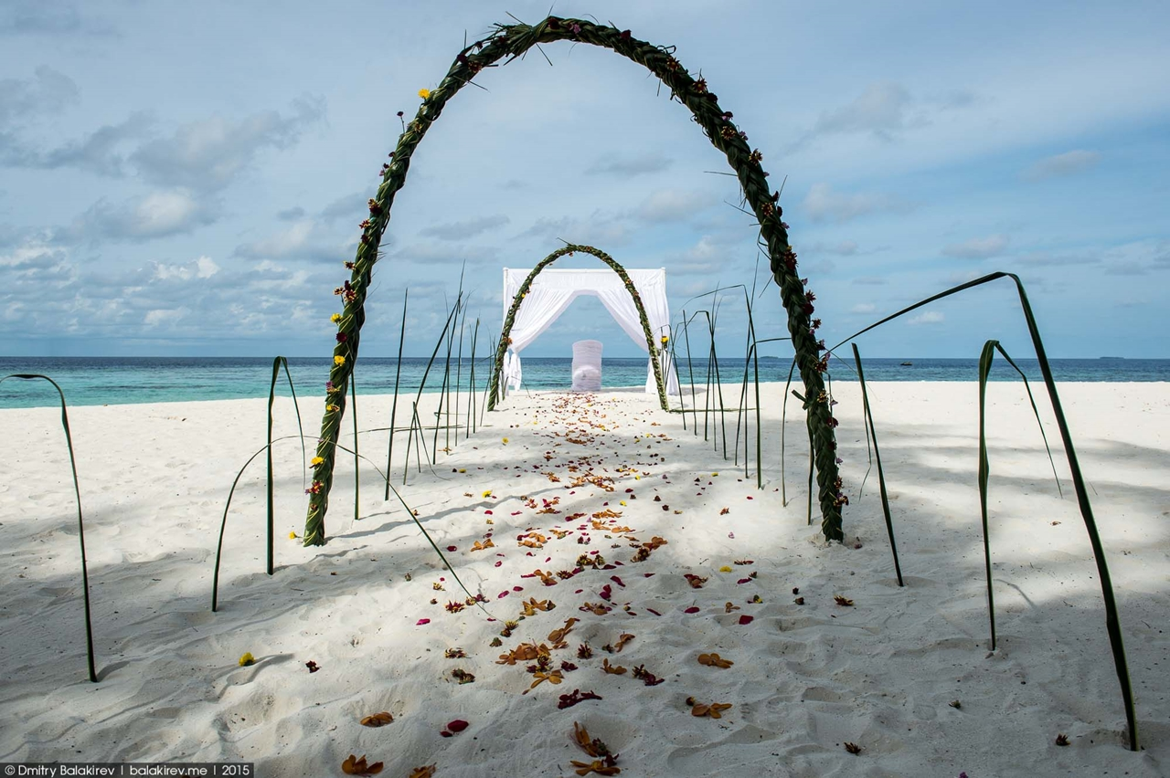 Wedding ceremony in the Maldives 04