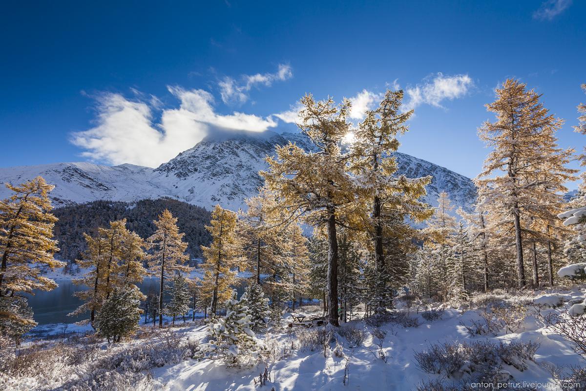 Winter Wonderland in autumn mountains 07