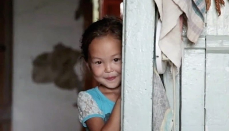 3-year-old girl lost in the woods, 11 days helped her to survive her faithful friend 02