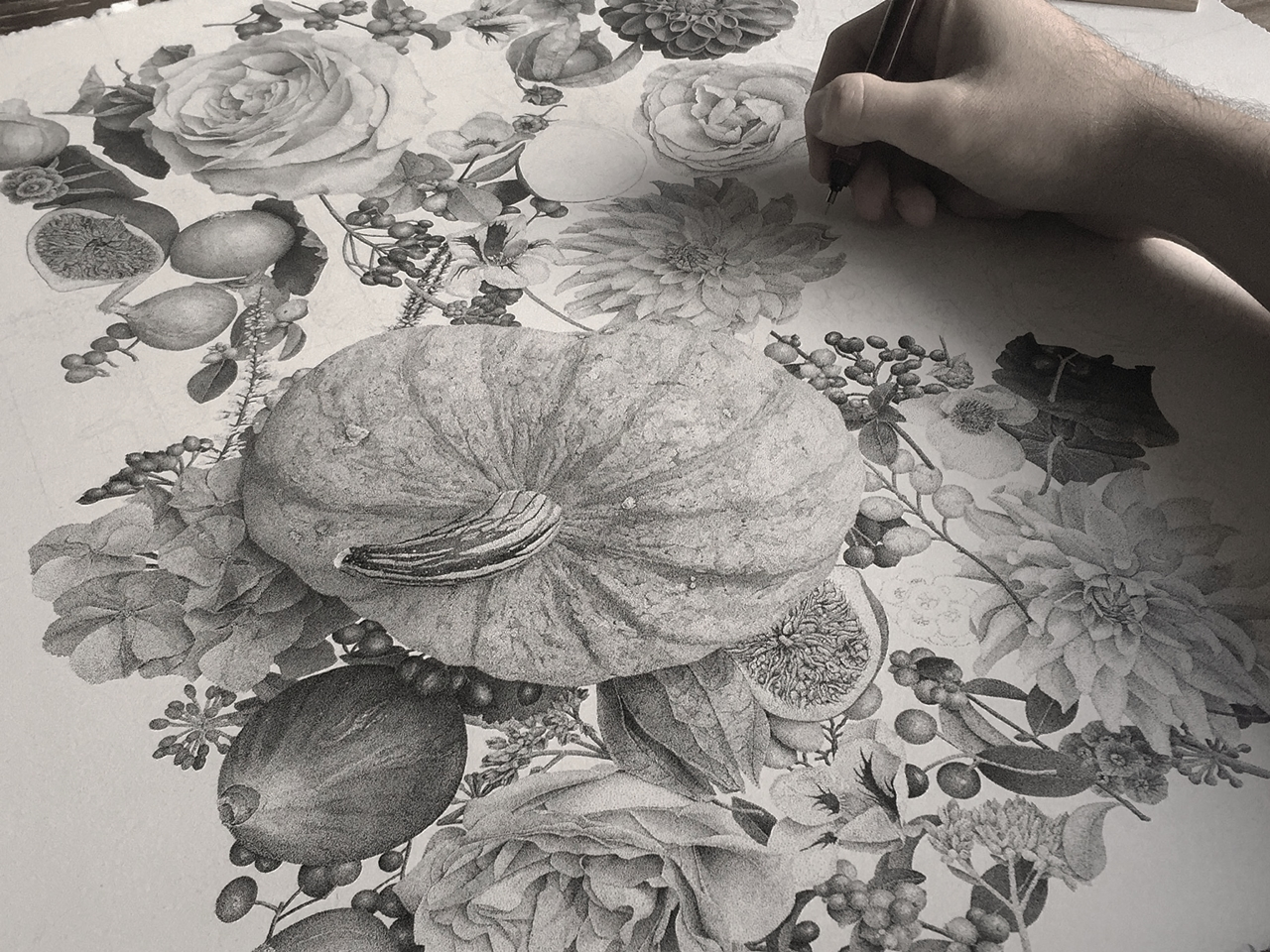 7-million-dots-and-370-hours-later-i-present-my-piece-called-autumn__02