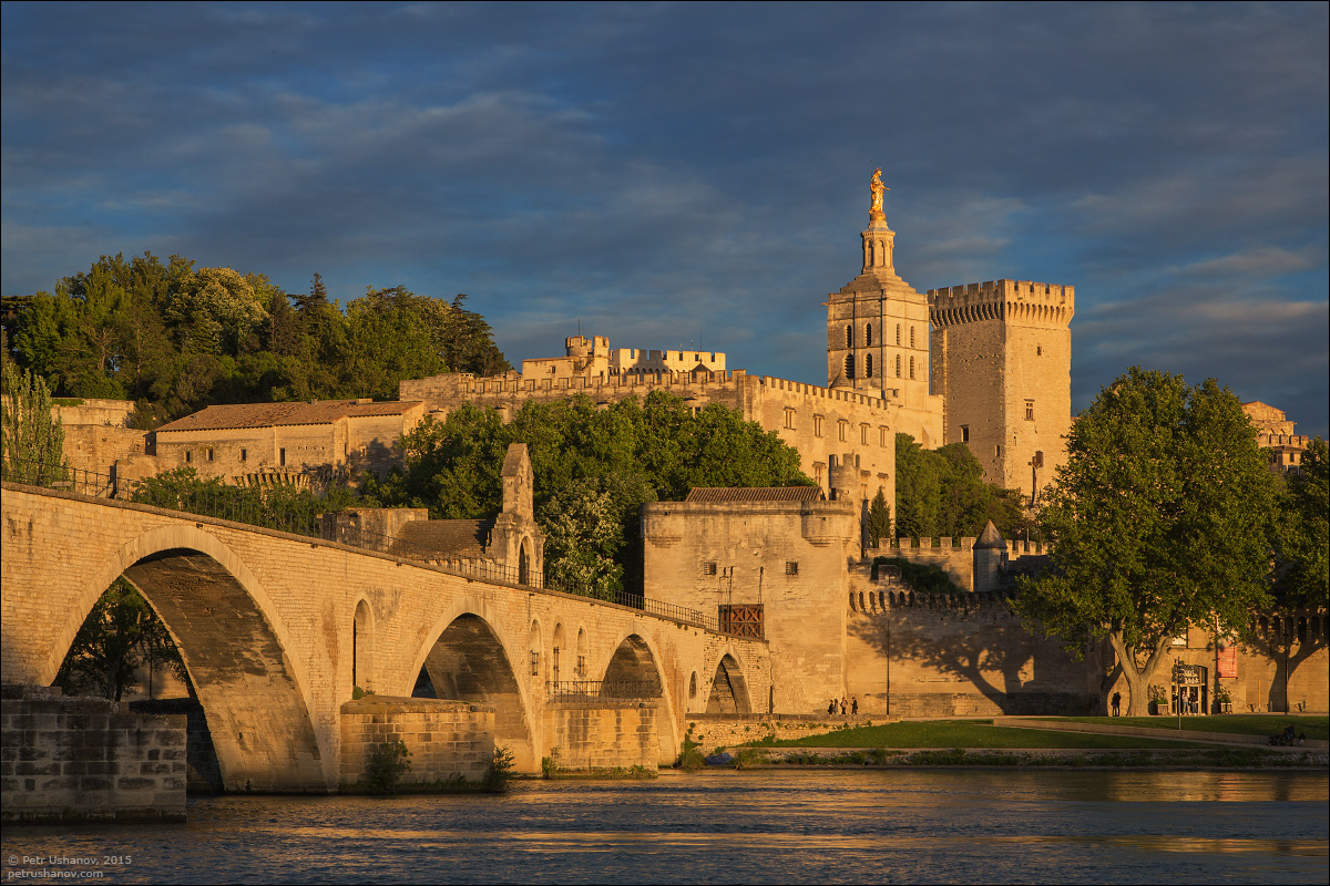 Avignon - the papal Palace About two and a sunset 03