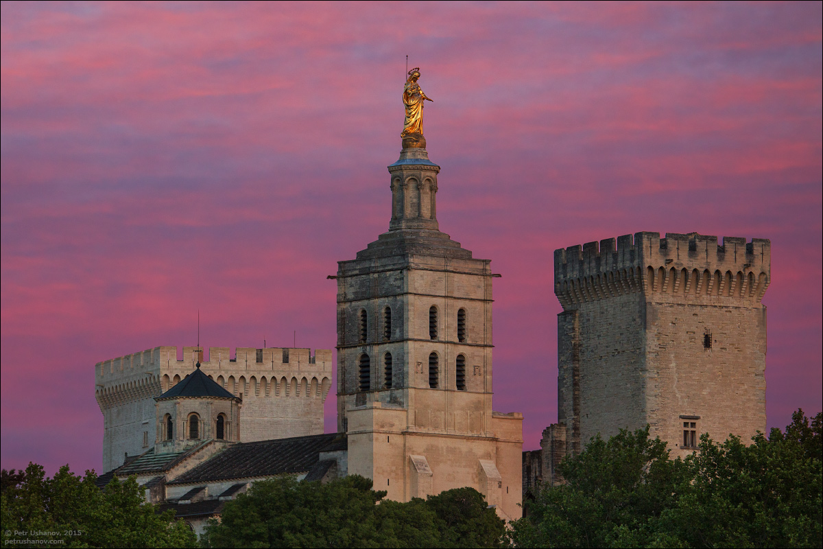 Avignon - the papal Palace About two and a sunset 06