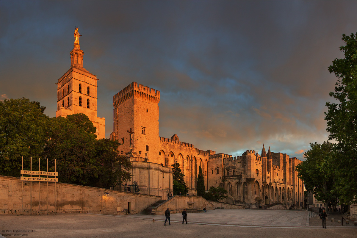 Avignon - the papal Palace About two and a sunset 15