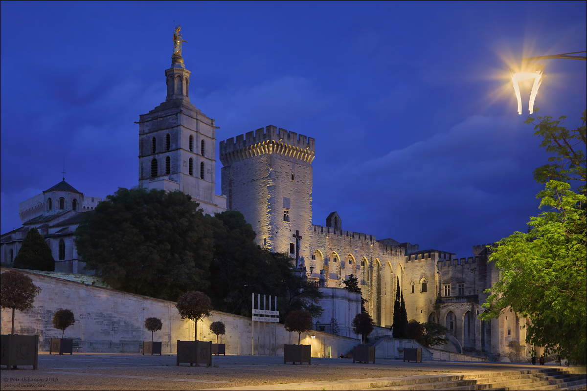 Avignon - the papal Palace About two and a sunset 19