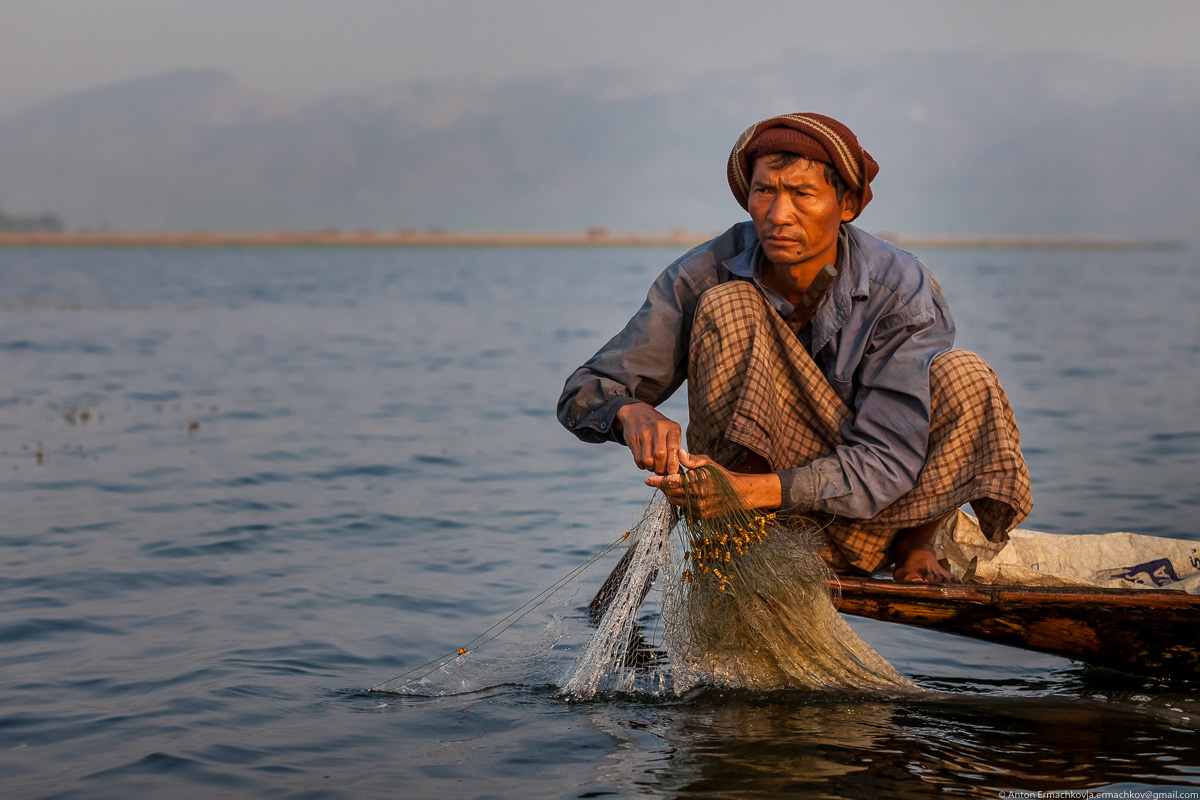 Burma. The fishermen of Inle lake 13