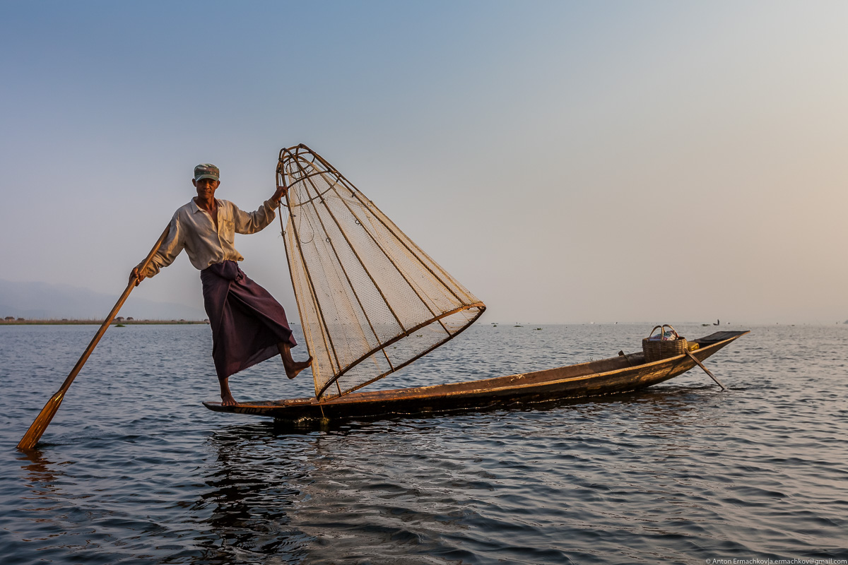 Burma. The fishermen of Inle lake 15