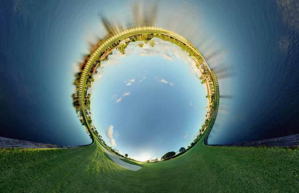 Circular panoramas by Randy Scott Slavin that fascinate 11