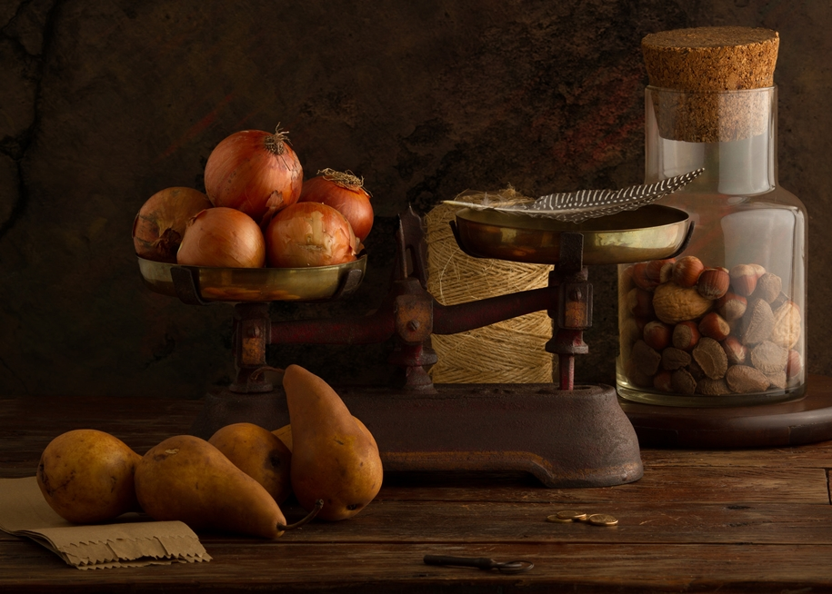 Elegant still life photography by Luiz Laercio 11