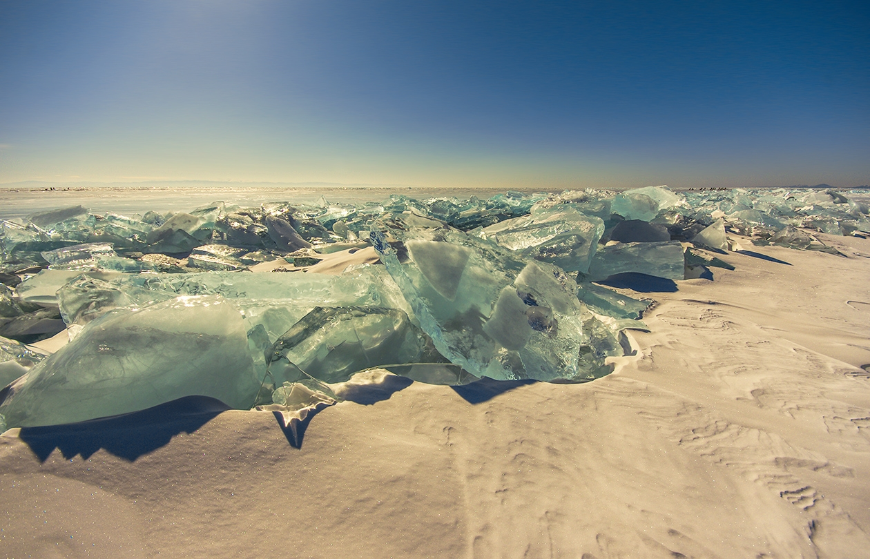Icy wonders of lake Baikal 06