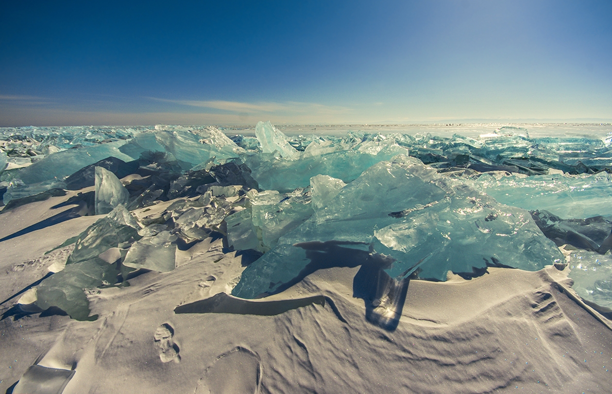 Icy wonders of lake Baikal 08