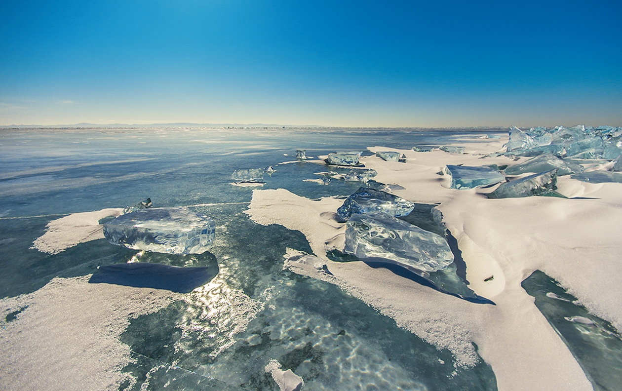 Icy wonders of lake Baikal 12