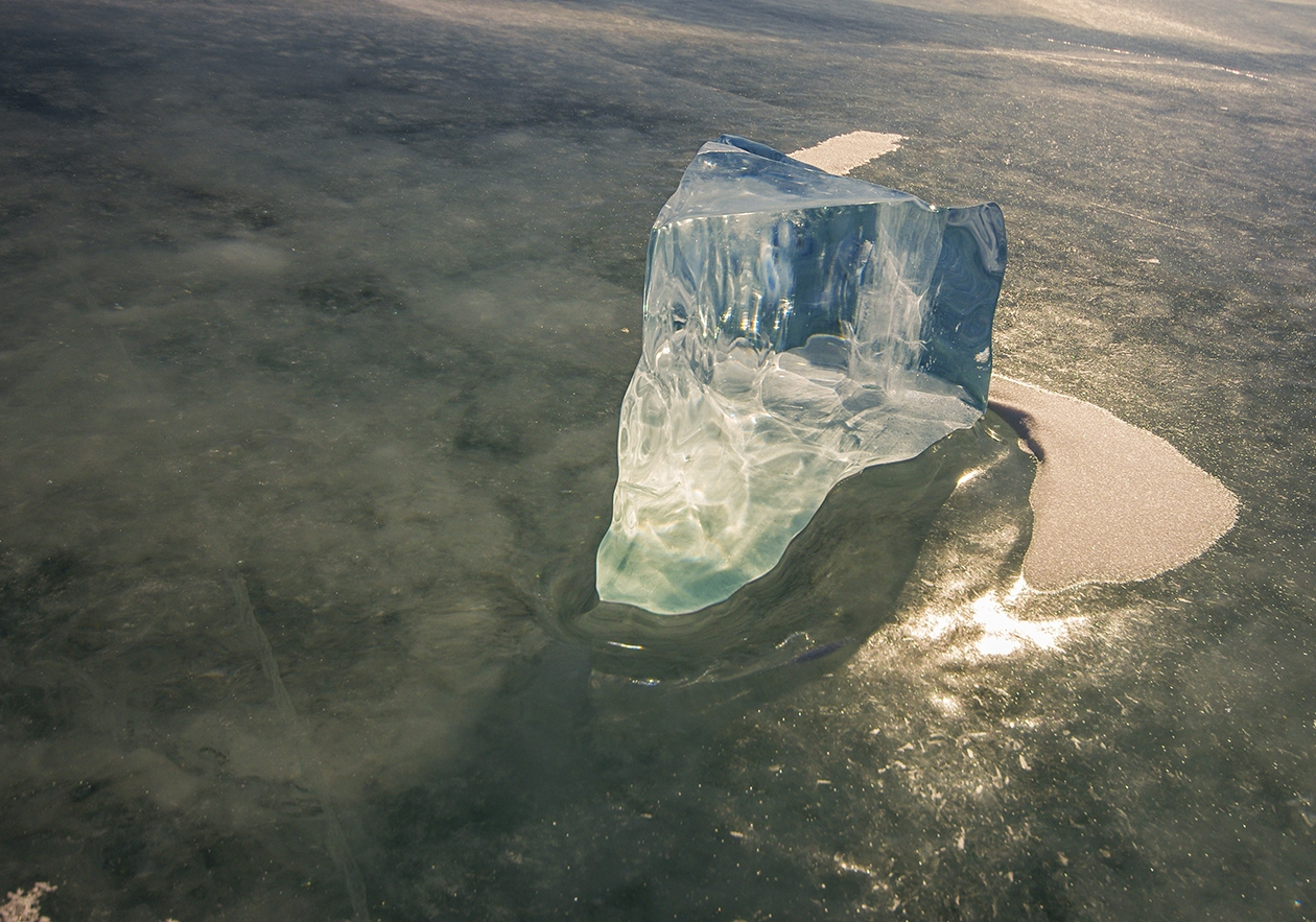 Icy wonders of lake Baikal 13