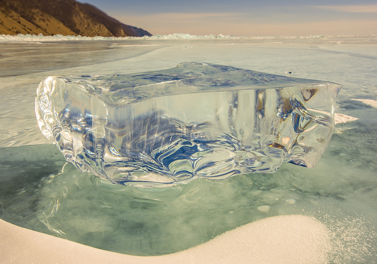 Icy wonders of lake Baikal 15