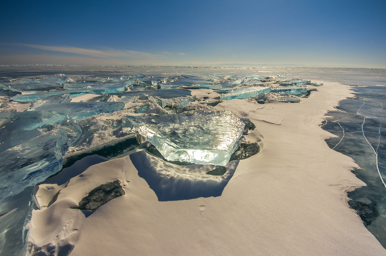 Icy wonders of lake Baikal 16